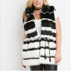 Forever 21 plus faux fur vest